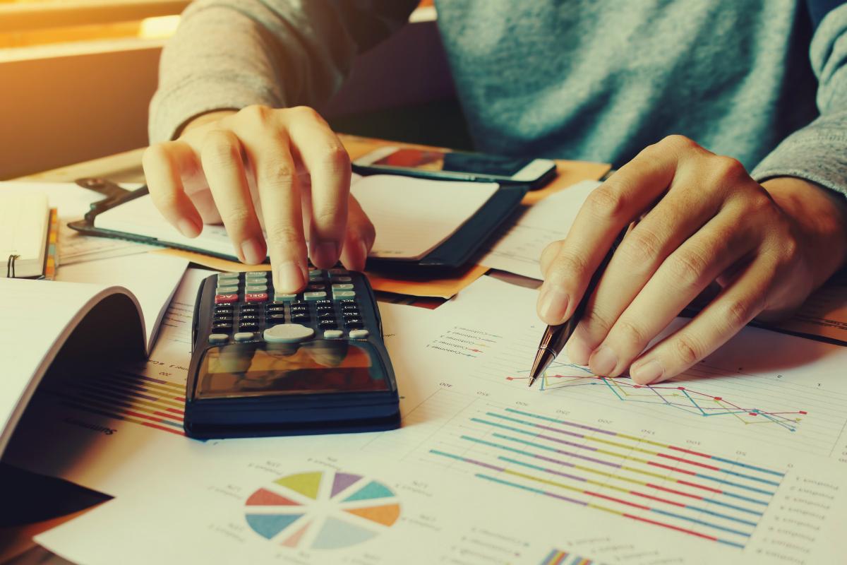 Financial Manager Job Description & Salary | Accounting